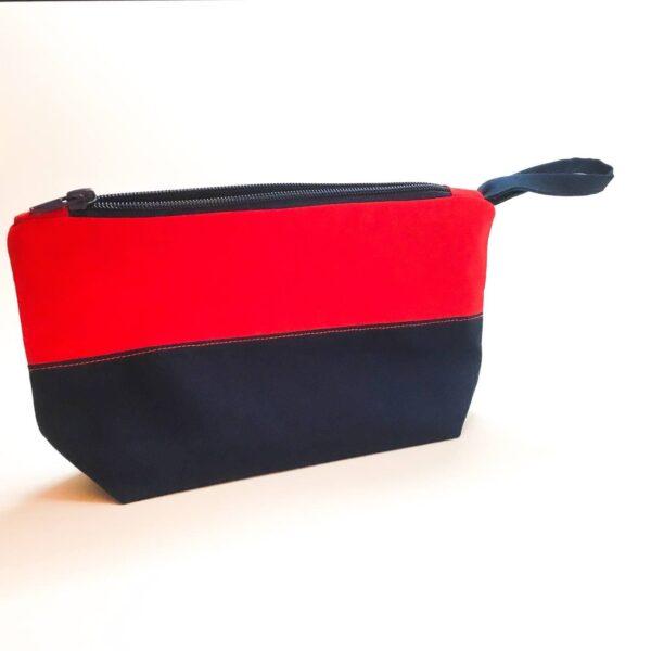 کیف لوازم شخصی بُرسا